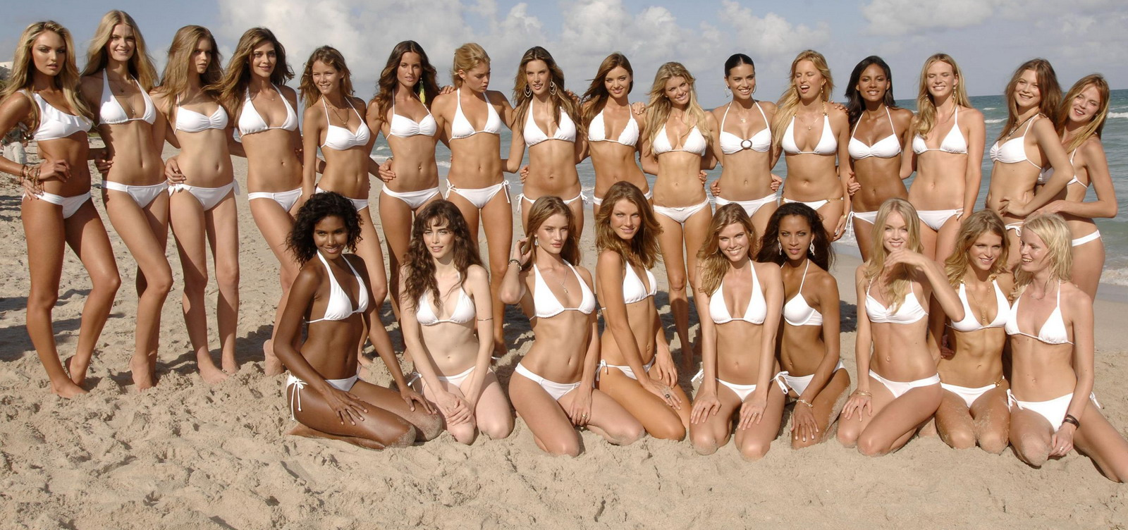 Victoria's Secret Models - v bikinách!