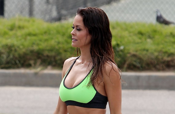 Brooke Burke - on the set of a Sketchers
