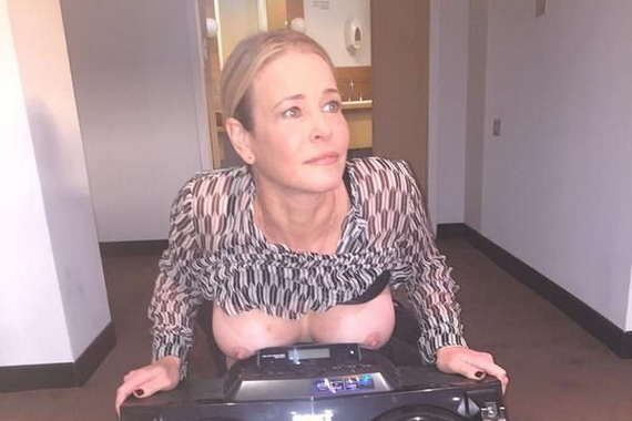 Chelsea Handler Shows Off Transistor and Boobs and other Daily Links