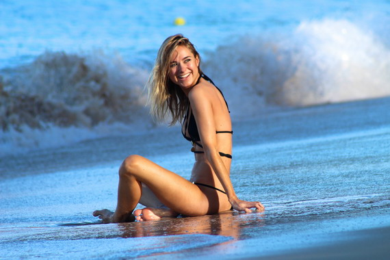 Kimberley Garner - bikini candids in Barbados