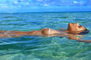 Bo-Krsmanovic-Swimsuit-Edition-Header