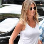 Jennifer Aniston – pokies in NYC