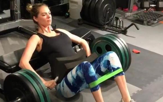 Whatever This Exercise Is, Kate Utpon Is Making It Sexy and other Daily Links