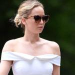 Jennifer Lawrence slightly pokies – in Central Park, NY