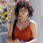 Sarah Hyland with Curly Hair and Pokies and other Daily Links