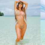 Kim Kardashian – bikini candids at the beach